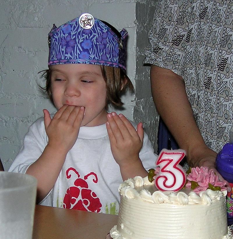 Yummy cake fingers