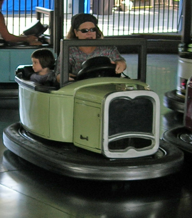 Kitty betsy bumper car