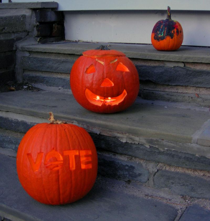 Vote pumpkin