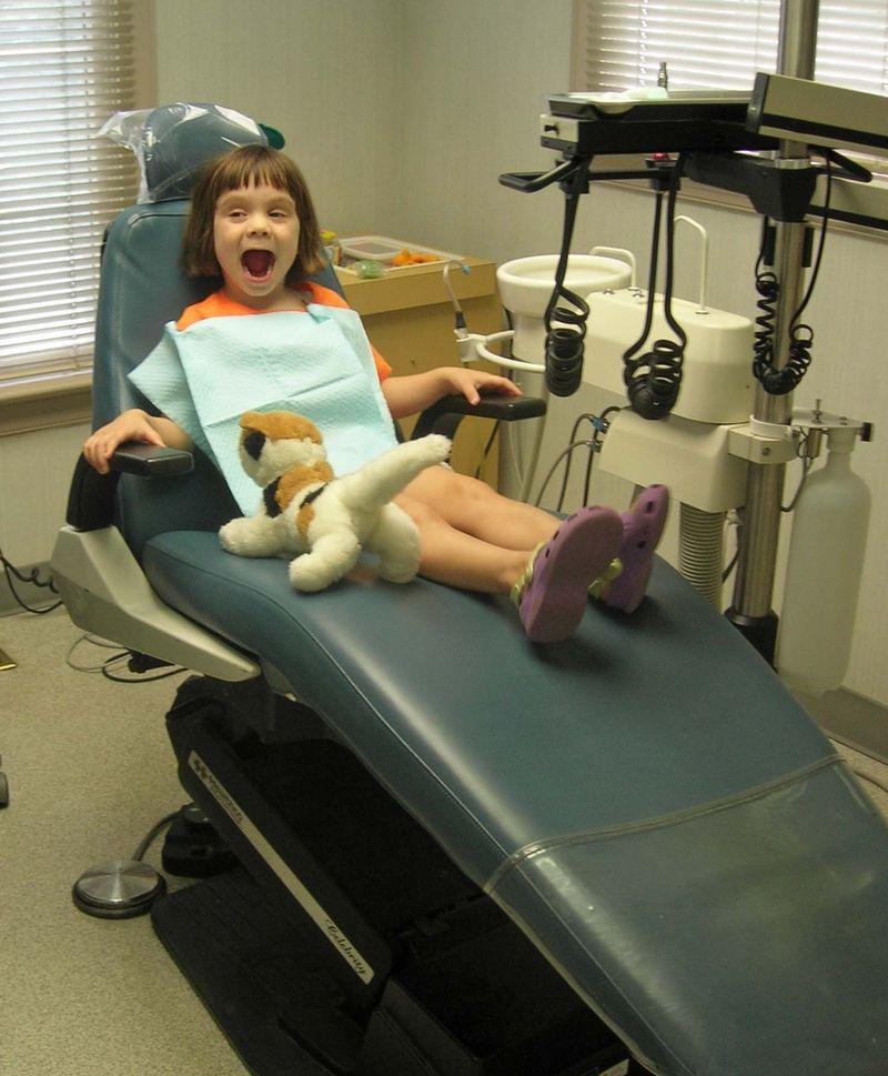Kitty dentist